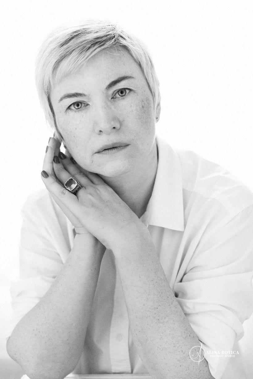 Emilia_Chebac_RawYou_02-Alina Botica-fotograf portret alb negru-bucuresti