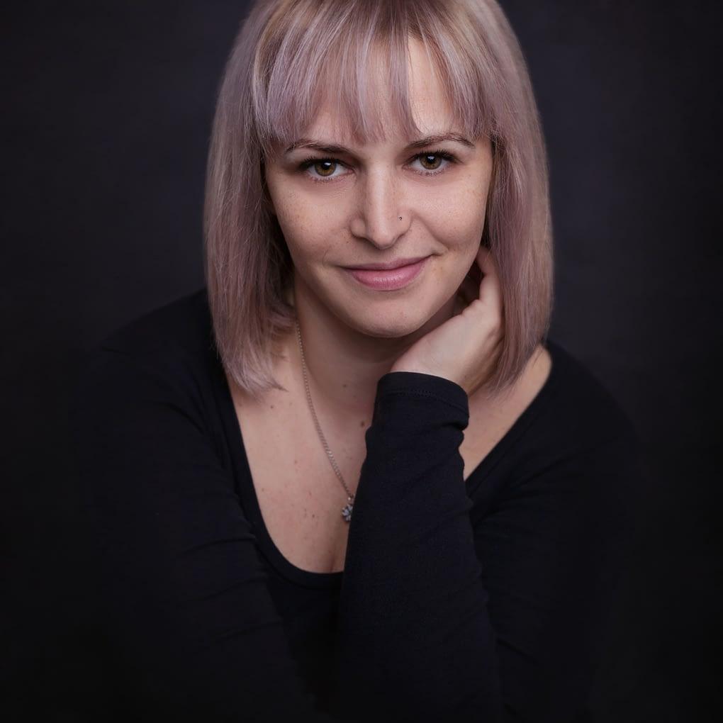 alina-botica-fotograf-portret-bucuresti
